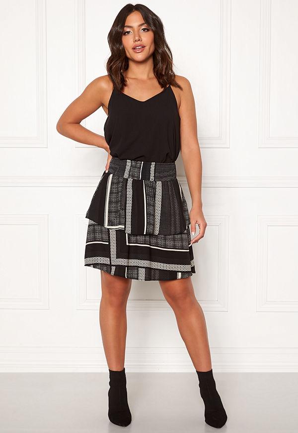 Vero Moda Quinn Short Layer Skirt
