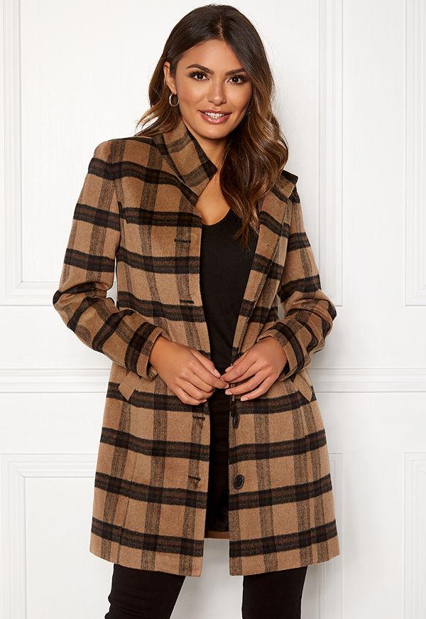 Happy Holly Harper coat