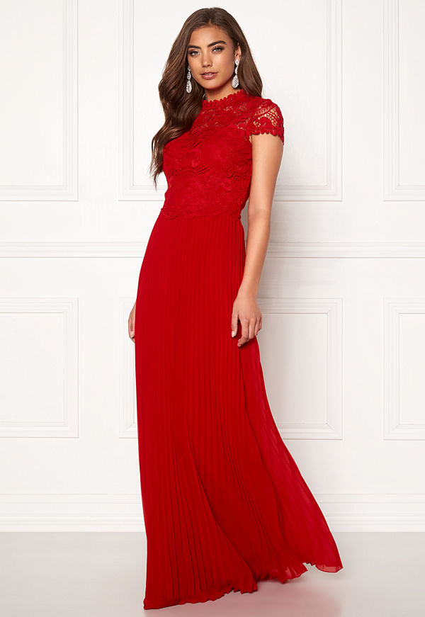 Moments New York Kassia Crochet Gown Red