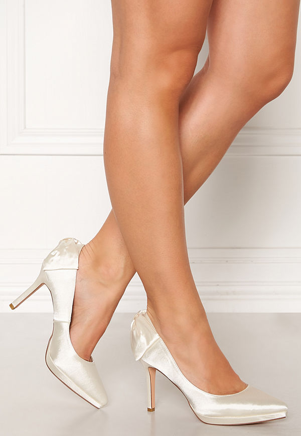Menbur Satin Wedding Shoe