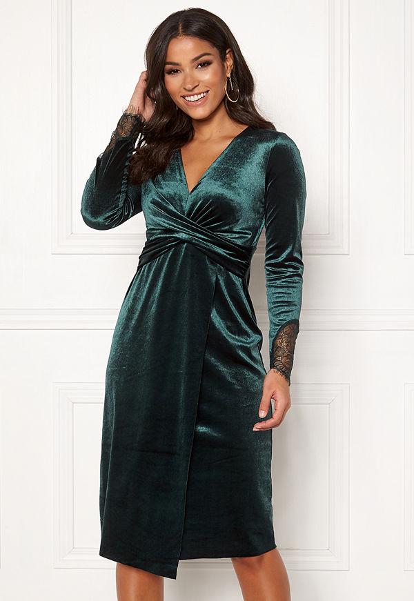 Happy Holly Leonora velvet dress