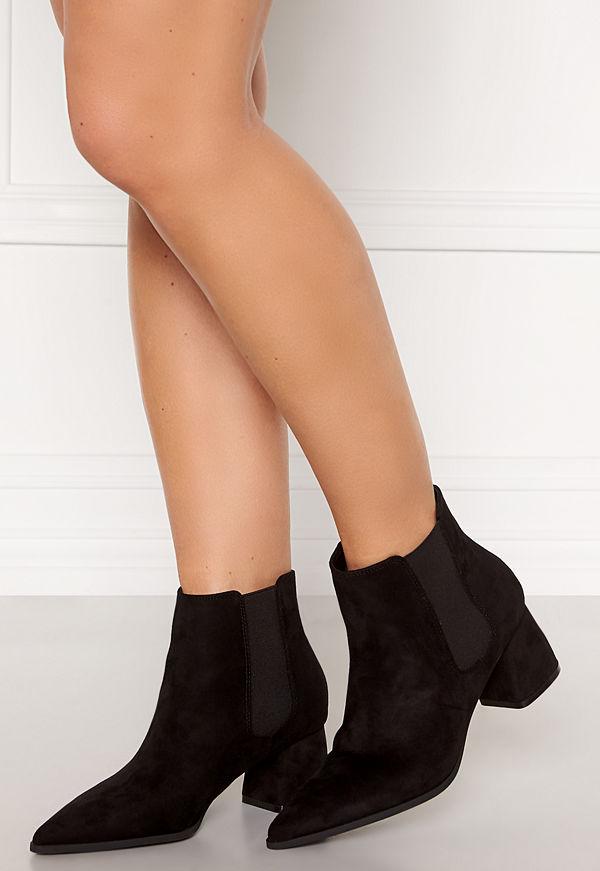 Francesco Milano Pointy Chelsea Boots