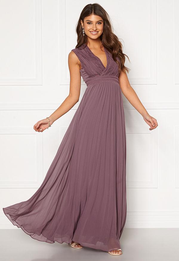 Moments New York Loana Crochet Gown Light lilac