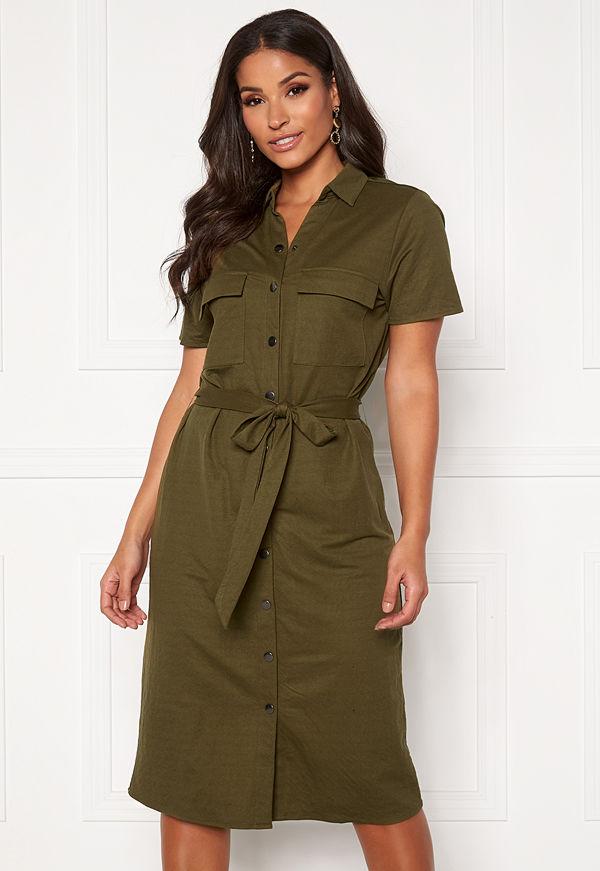Prickiga klänningar Köp klänning online Modegallerian