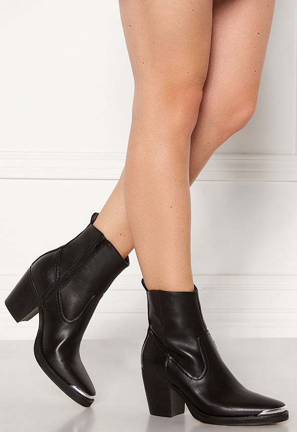 Only Belize PU Heeled Boot Black
