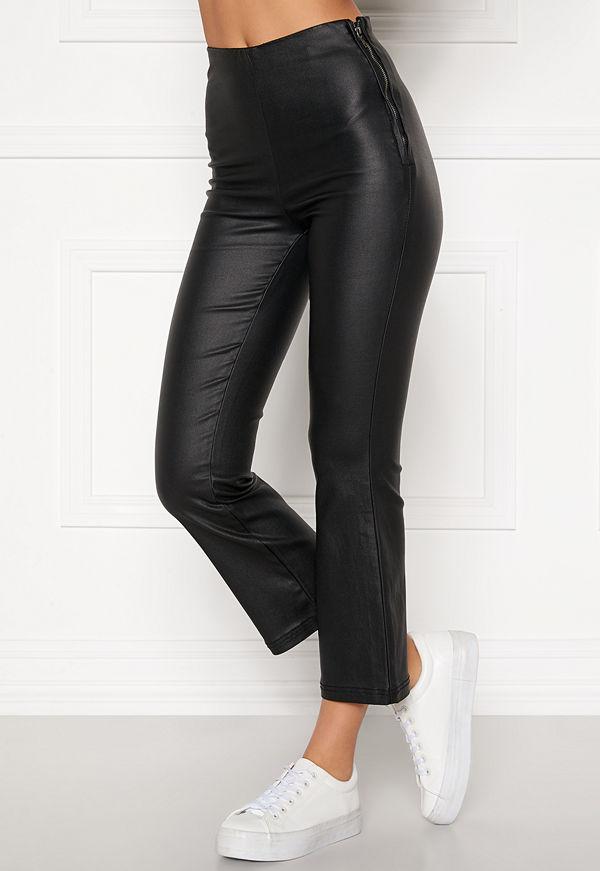 Bubbleroom svarta byxor Alicia coated kickflare trousers Black