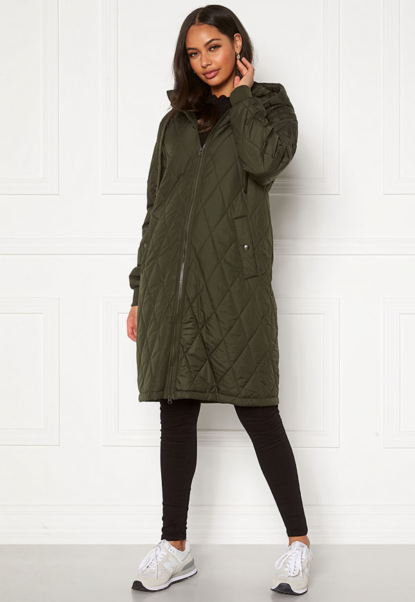 Happy Holly Melanie quilted hood jacket