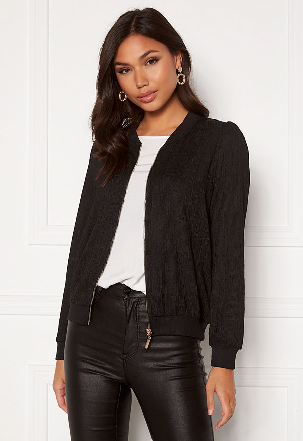 Happy Holly svart bomberjacka Simone puff jacket Black