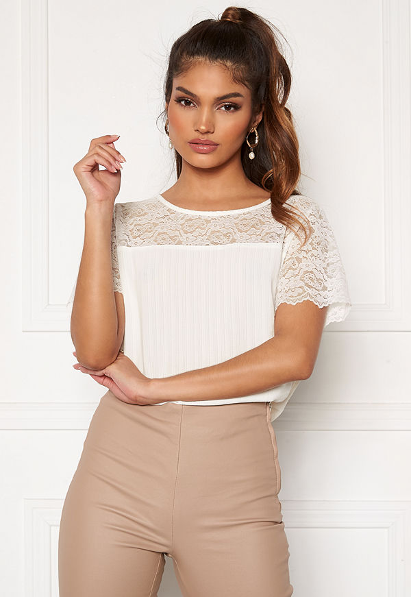 Vila Lovie S/S Lace Top