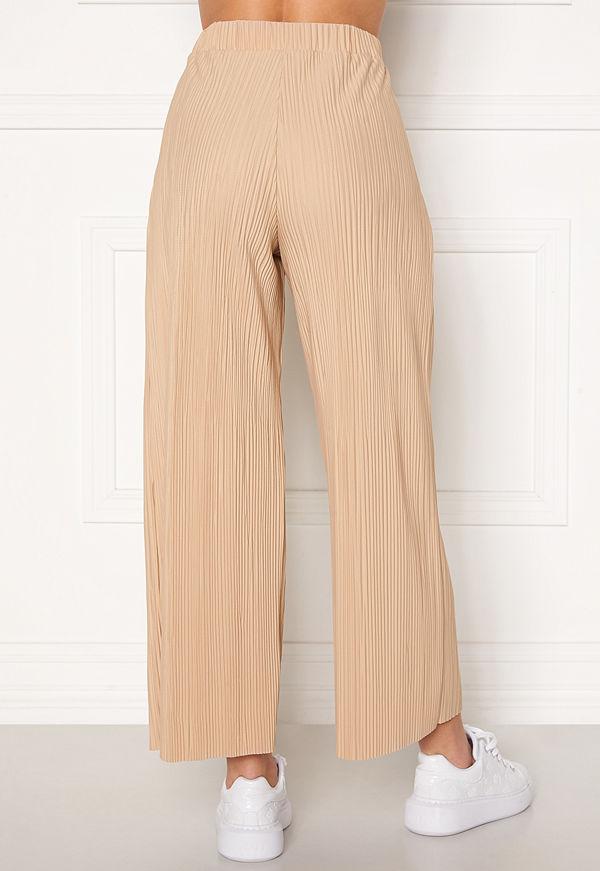 Bubbleroom Lola pleated cropped trousers Beige byxor
