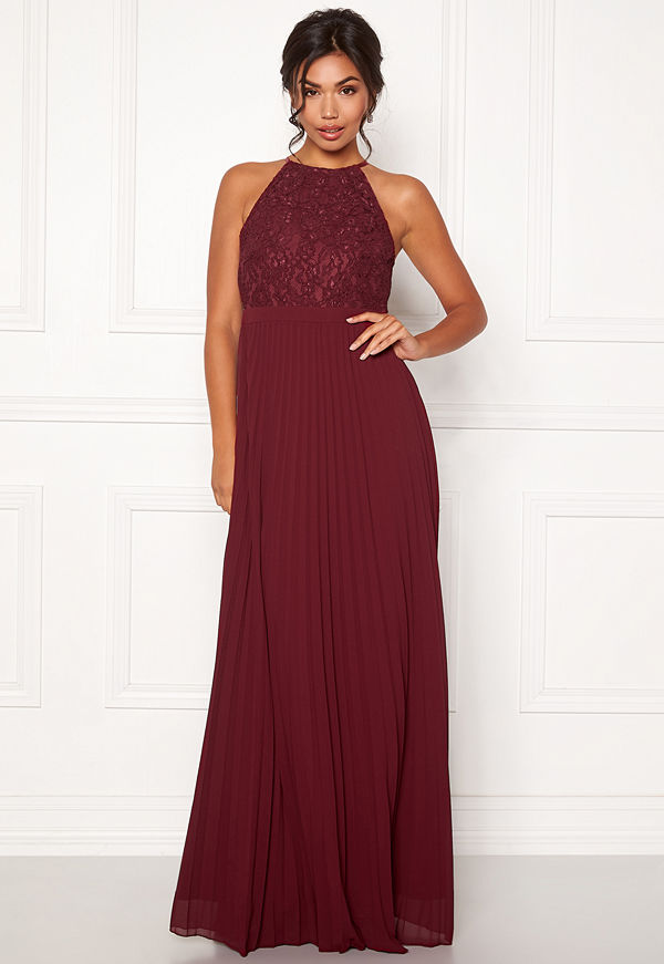 Moments New York Casia Pleated Gown Wine-red