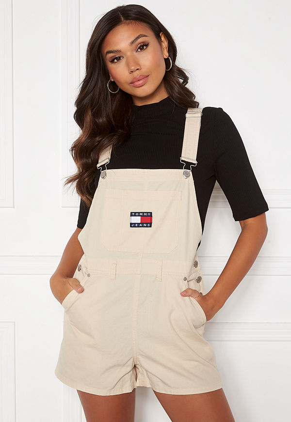 Tommy Jeans Dungaree Shorts AA8 Sugarcane