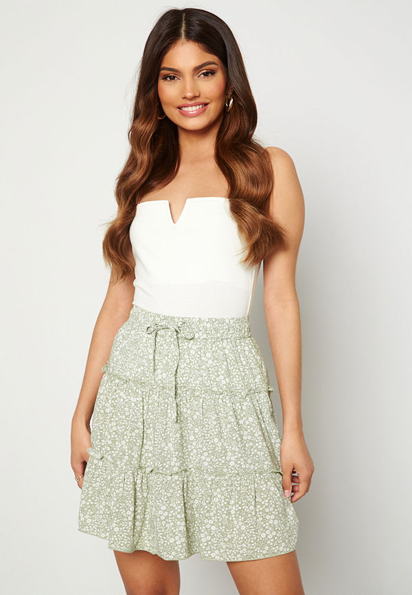 Bubbleroom Sahrinne skirt Green / Floral