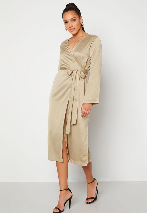 Alexandra Nilsson X Bubbleroom Satin Wrap Midi Dress Dark beige