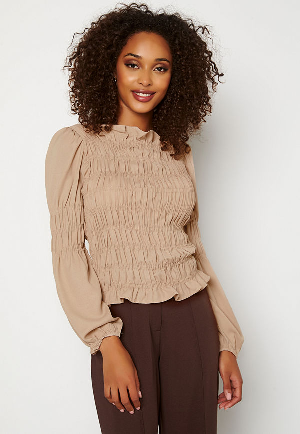 Pieces Trish LS Smock Top Simply Taupe