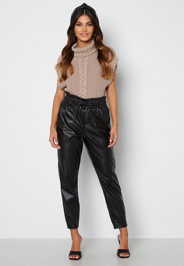 Vero Moda svarta byxor Eva HR Elastic Paperbag Ankel Pant Black