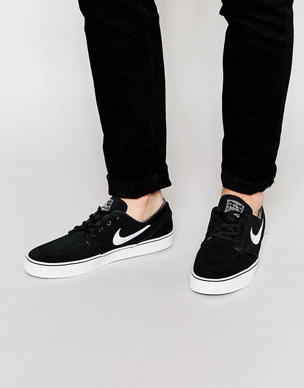 Nike Sb Stefan Janoski Trainers In Black 333824-026