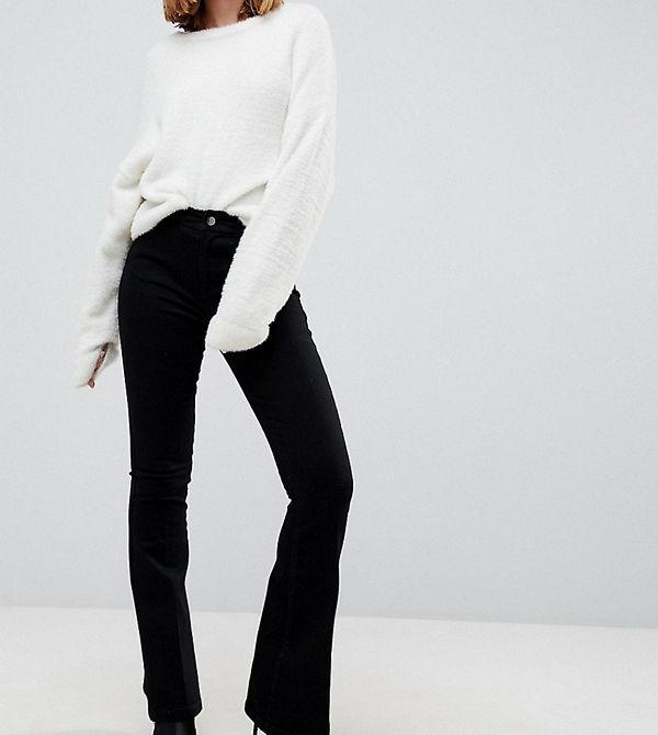 ASOS Petite Svarta utsvängda jeans med pressveck Rensvarta