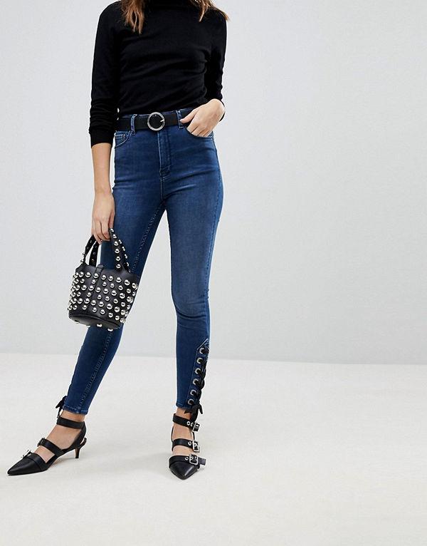 ASOS DESIGN RIDLEY Mörkblå skinny jeans med hög midja och snörning vid benslut Mellanblå färg
