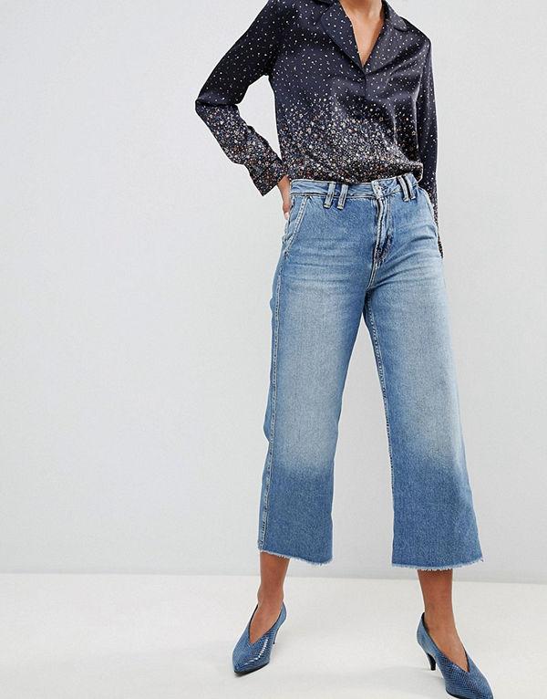 Pepe Jeans Patsy Korta jeans med utsvängda ben Ljusblå