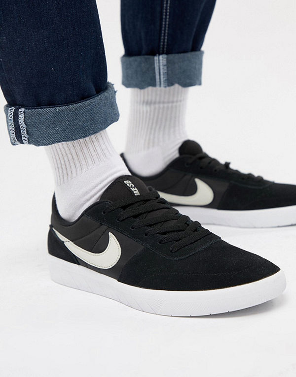 Nike Sb Team Classic Trainers In Black AH3360-003