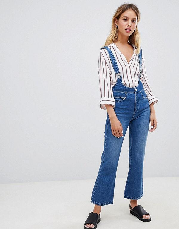 ASOS DESIGN Egerton Utsvängda jeans med kort benlängd och hängslen Vintage-tvätt