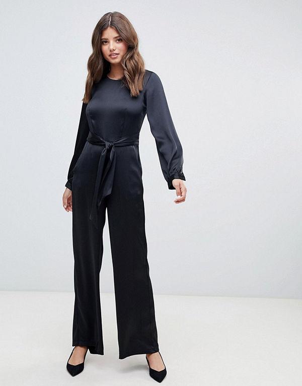 Closet London Svart jumpsuit med puffärmar