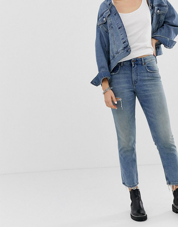 Cheap Monday Ankellånga mom jeans med sliten ficka i styv denim Decay