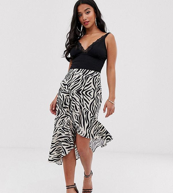 PrettyLittleThing Petite Zebrarandig midikjol i omlottmodell med volangdetalj Zebra
