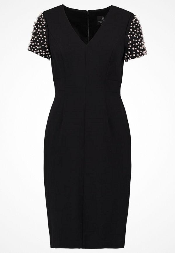 Adrianna Papell Cocktailklänning black