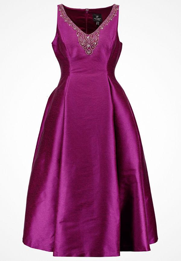Adrianna Papell Festklänning wineberry