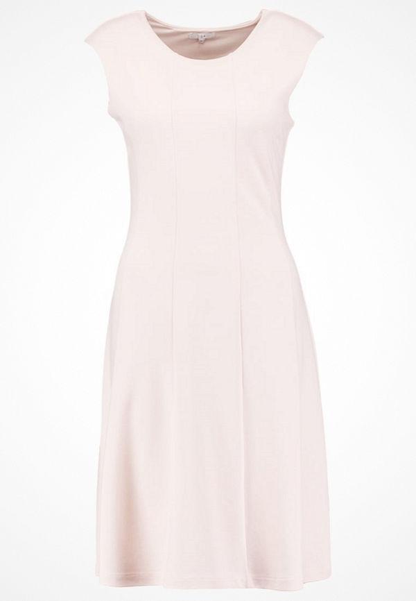 KIOMI Jerseyklänning rose