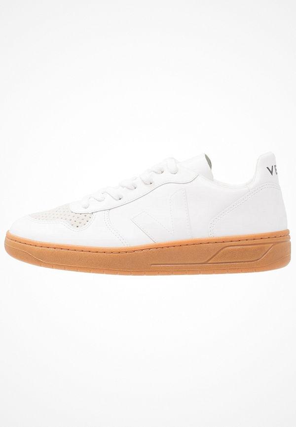 Veja Sneakers extra white