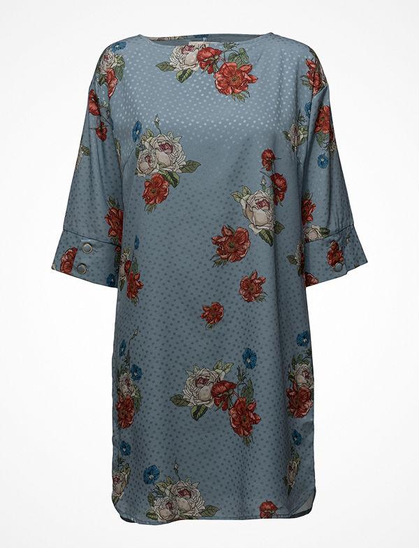 Gestuz Natacha Dress So18 - Klänningar online - Modegallerian 8cbcbb9f57ffa