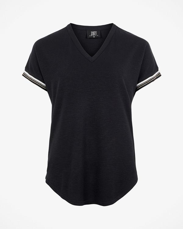 ZOEY London T-shirt