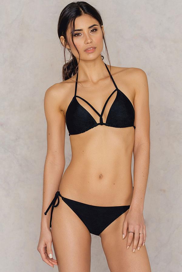NA-KD Swimwear Triangle Panty svart
