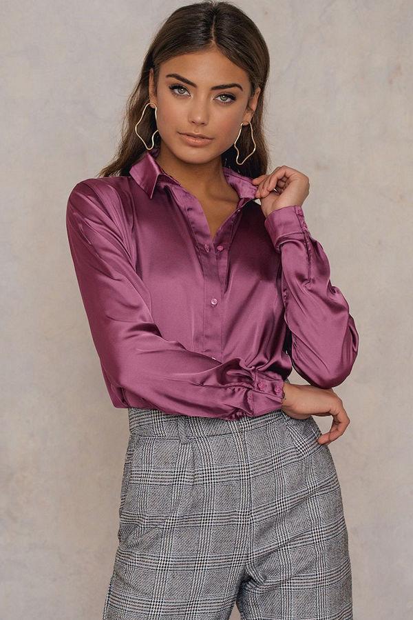 NA-KD Long Sleeve Satin Shirt lila