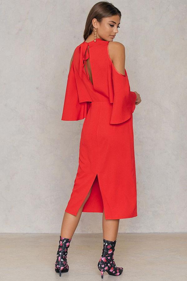 NA-KD Cut Out Tied Neck Dress röd