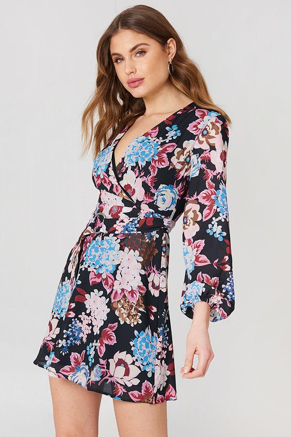 Trendyol Buckle Detail Floral Dress
