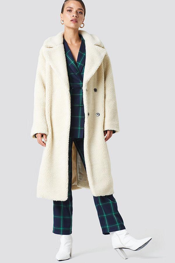 NA-KD Big Collar Teddy Coat vit