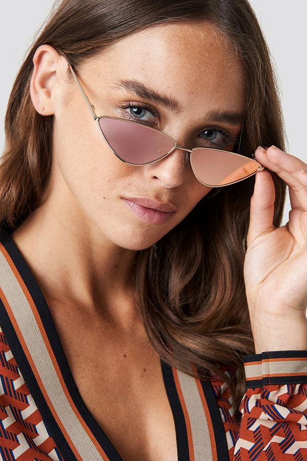NA-KD Accessories Sharp Edge Metal Sunglasses rosa guld