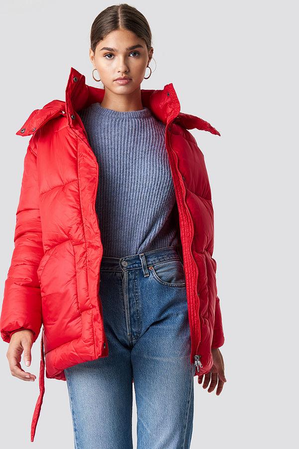 NA-KD Belted Puff Jacket röd