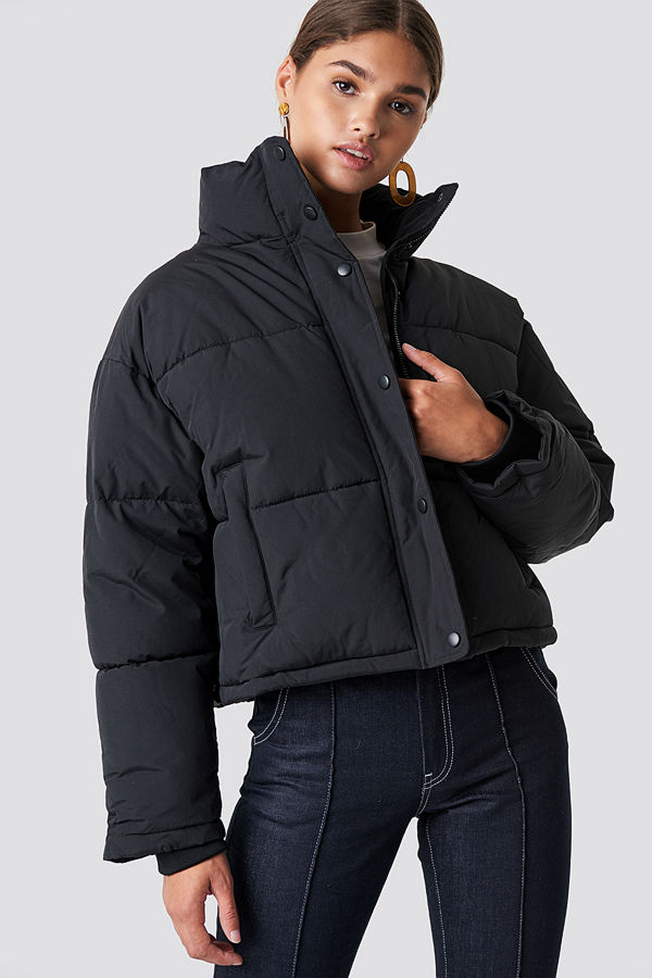 NA-KD Short Padded Jacket svart