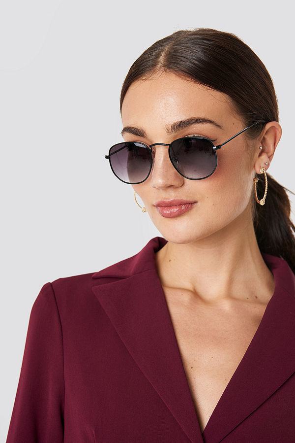 NA-KD Accessories Rounded Square Sunglasses svart