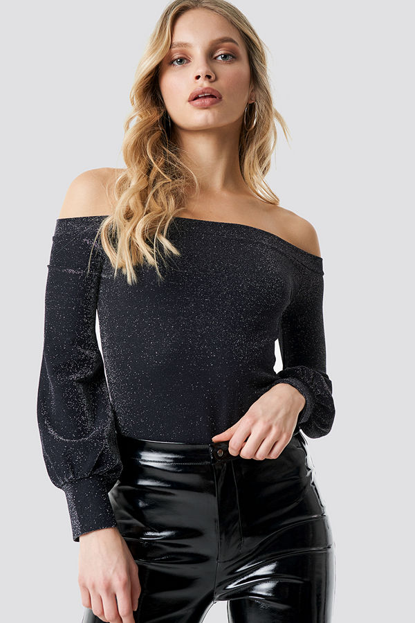 NA-KD Party Off Shoulder Glittery Top svart