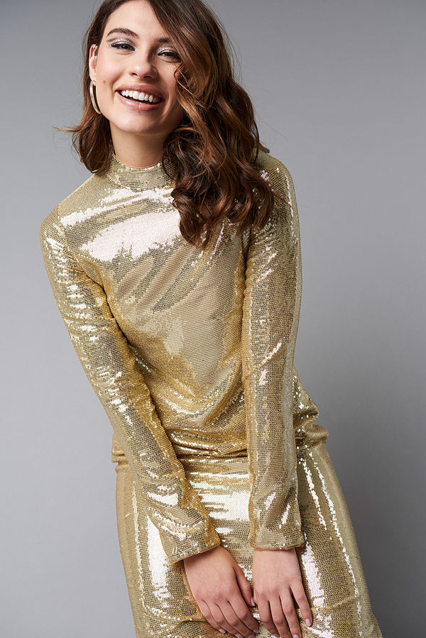 NA-KD Party High Neck Straight Sequins Dress guld