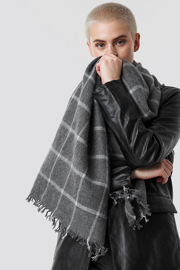 Trendyol Big Knitted Scarf grå