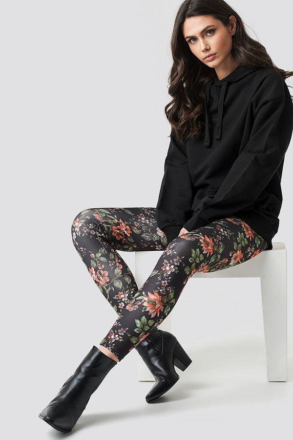 NA-KD Dark Floral Leggings multicolor