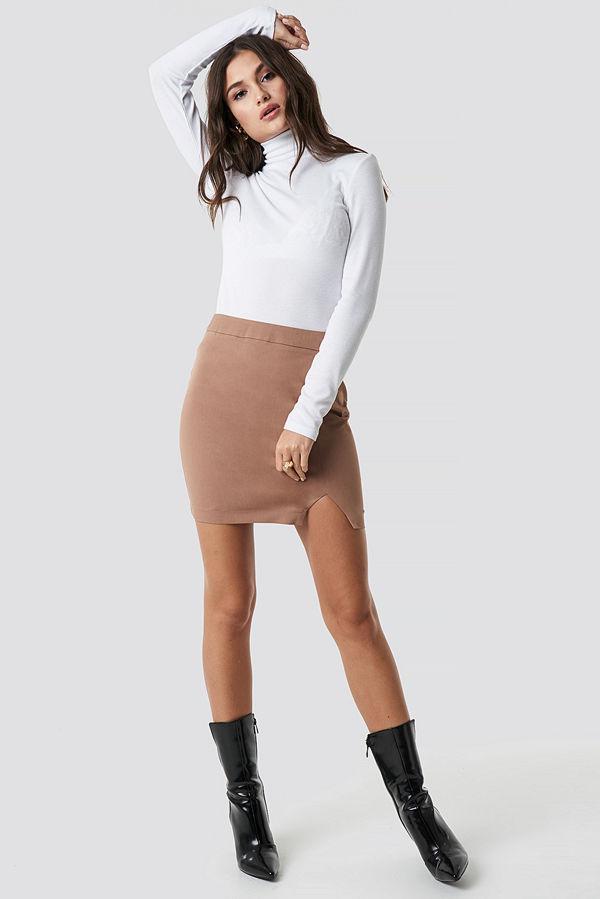 Julia Wieniawa x NA-KD Front Slit Mini Skirt brun