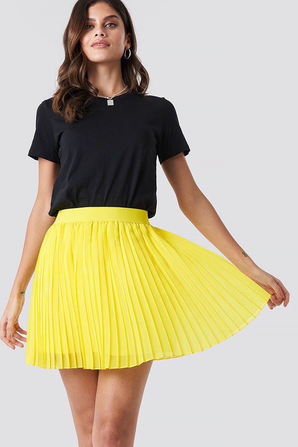 NA-KD Mini Pleated Skirt gul